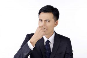 尿の臭いとストレスの関係
