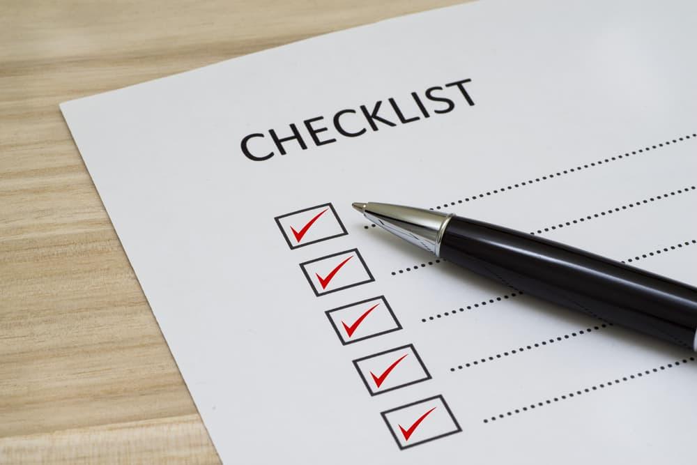 【尿ラボ】【泌尿器科医監修】排尿トラブルチェックリスト ―前立腺肥大症の可能性も―